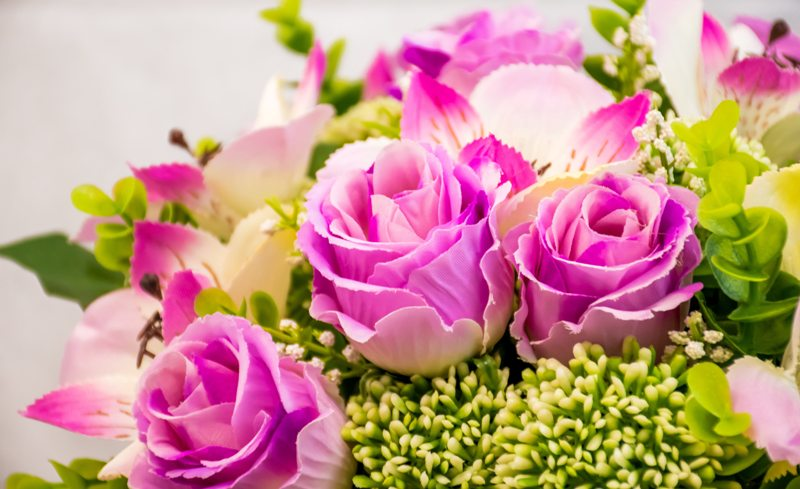 Support someone by sending them Christian flowers online